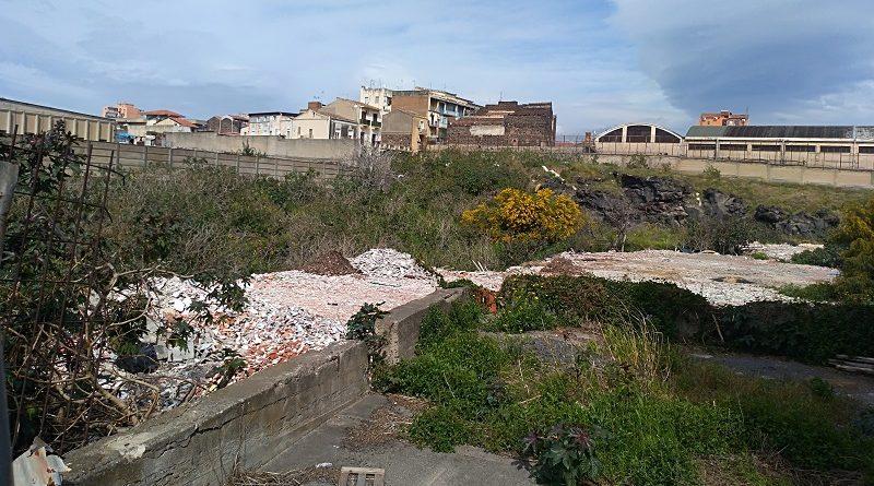 Area abbandonata via Acquicella Porto