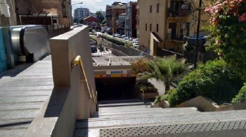 Metro fermata Borgo