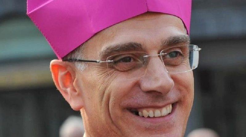 Vescovo di Acireale positivo al Covid