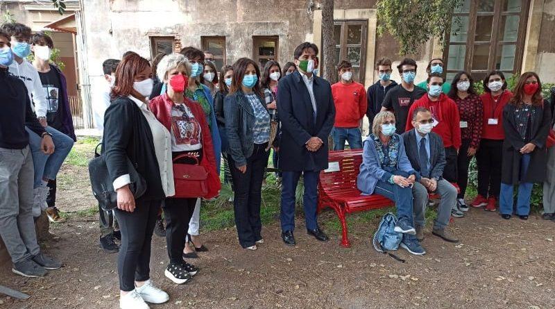 Inaugurazione panchina rossa al Boggio Lera