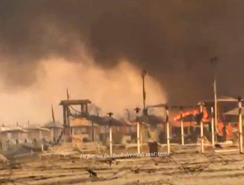 30/07/2021: Catania brucia. Immagini, video e quel che resta il giorno dopo
